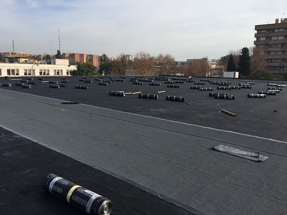 Impermeabilización de pabellón polideportivo en la Escuela Técnica Superior de Arquitectura